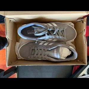 Men's/Youth Boy's Adidas Size 7.5 Daily 2.0.